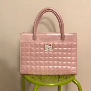 Vintage Hello kitty pearlized pink quilted handbag